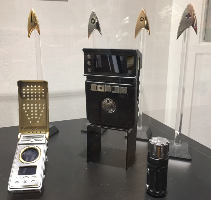 Star Trek Discovery Communicator, Tricorder and Insignia Badges
