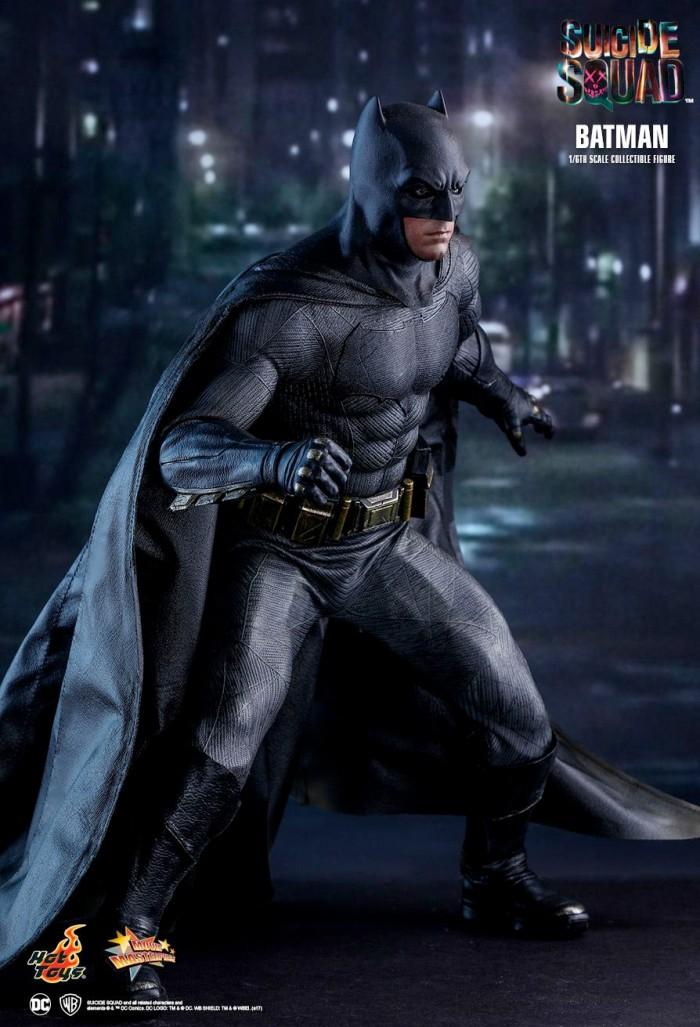 Suicide Squad - Batman Hot Toys Figure