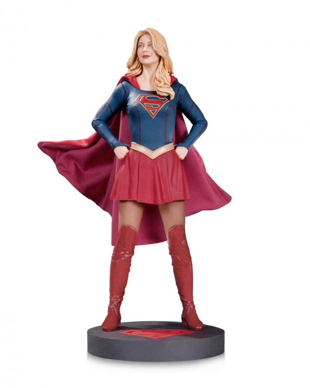 supergirl-statue