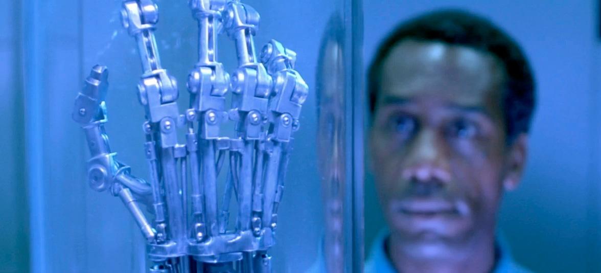 Terminator 2 Arm Prop & CPU Prop Replicas Must Be Destroyed /Film