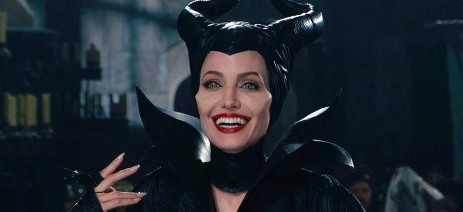 Movie Park Halloween Casting 2019.The Eternals Cast Wants To Recruit Angelina Jolie Film