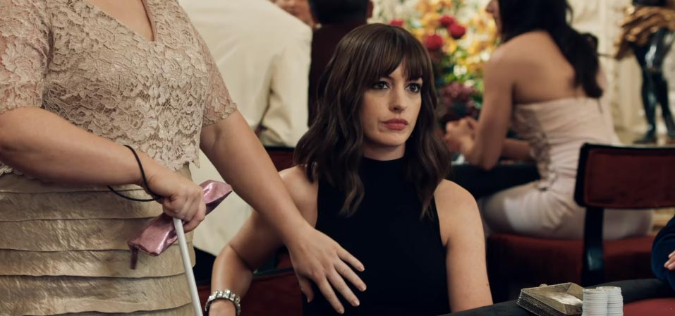 The Hustle Trailer Anne Hathaway Rebel Wilson Are Dirty Rotten Scoundrels Film