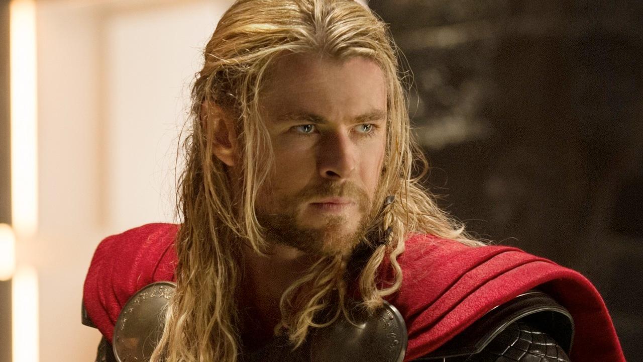 Mark Ruffalos Thor Ragnarok Set Photos Show Off Thors Short Haircut