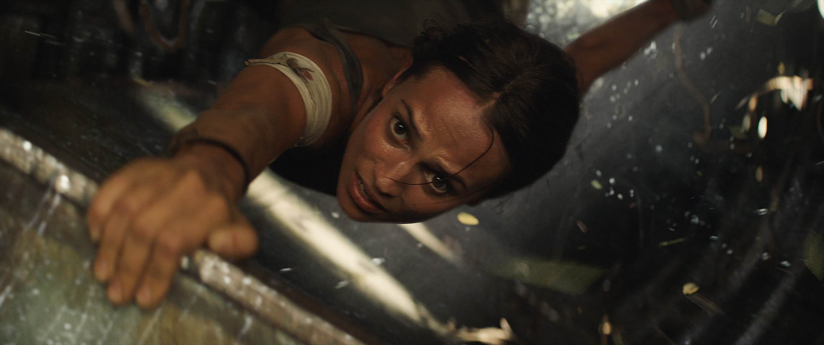 alicia vikander tomb raider movie 2018