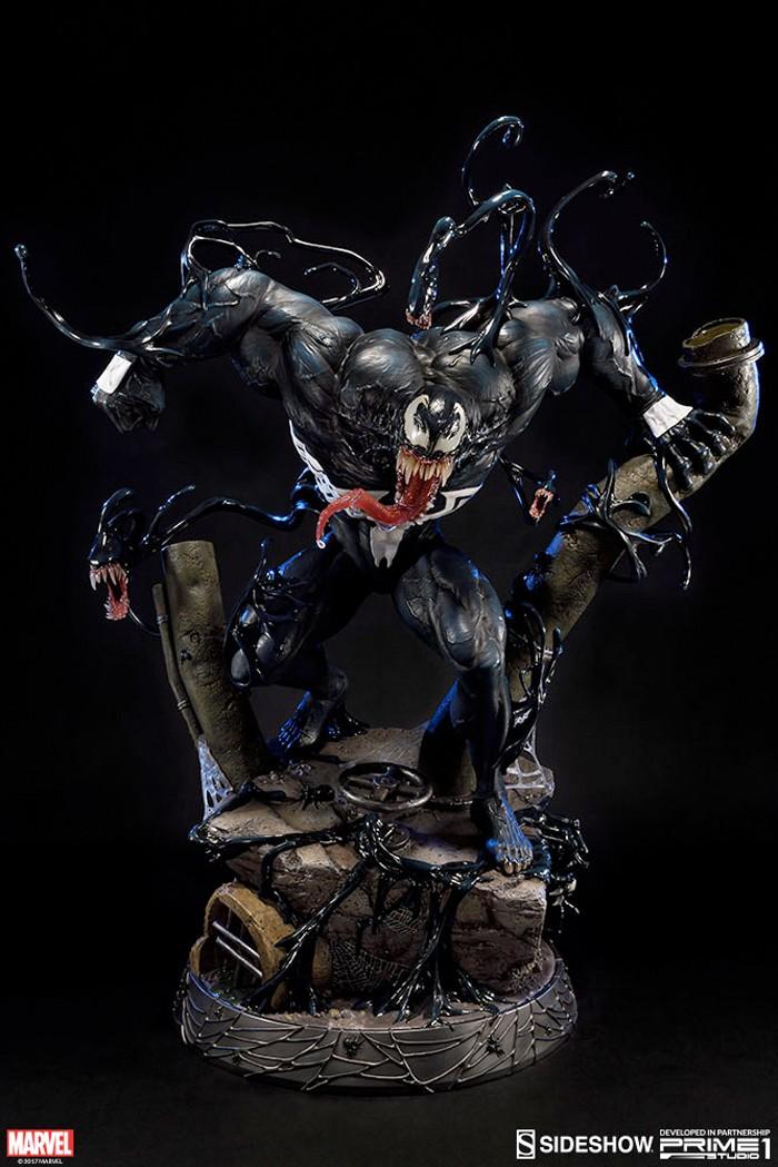 Sideshow Collectibles Venom Statue